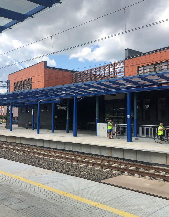 TrainStationLesznoPolandPublicMRL06