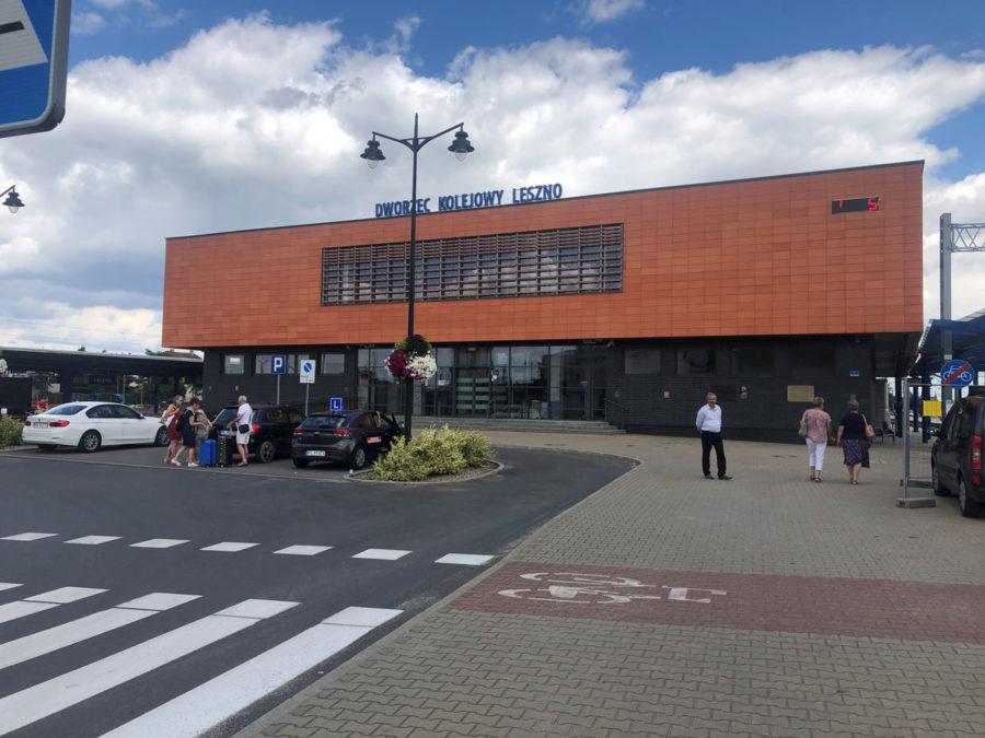 TrainStationLesznoPolandPublicMRL08